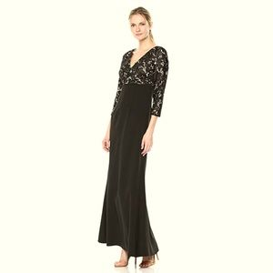JS COLLECTIONS LACE ILLUSION CREPE GOWN ⭐️GORGEOUS